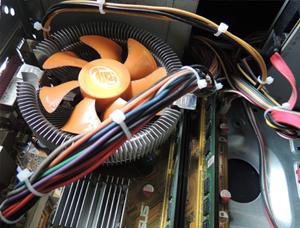 电脑连接线捆扎应用